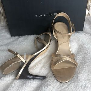 TAHARI sz 6.5 Strappy Leather Gold Heels Sandals